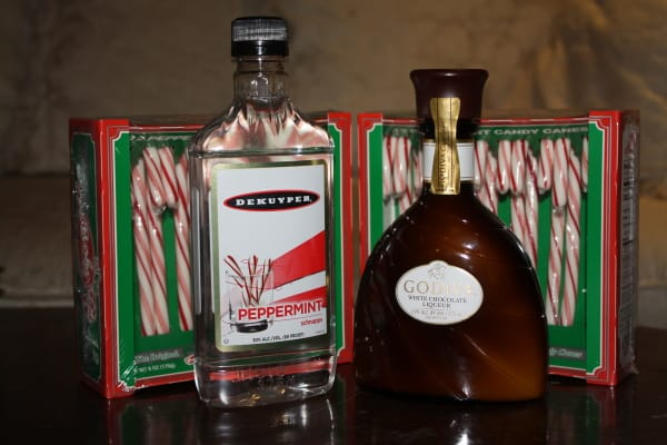 The Candy Cane - Only 3 ingredients for this holiday drink