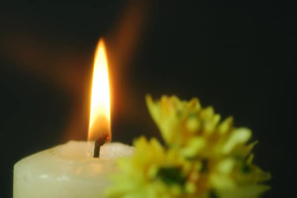 Use safety measures when lighting candles