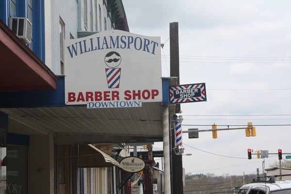Barber Shop Downtown : The Williamsport Barber Shop Downtown - Housewives