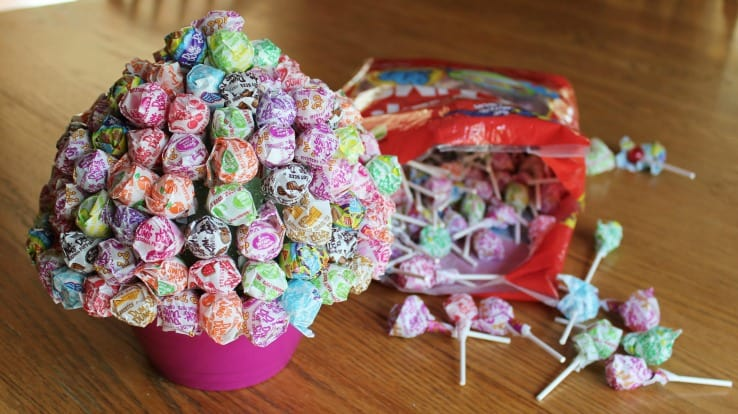 This Lollipop Bouquet is a fun, easy gift