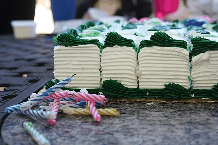 Hallmark - cake