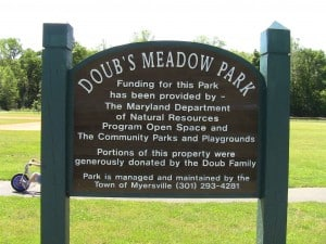 Doubs Meadow Park: A Great Place for the Kids to Play and the Mommas to Walk