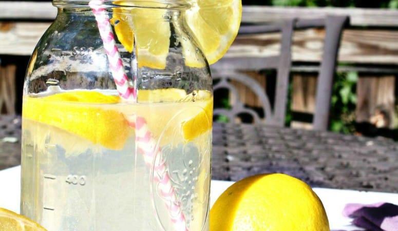 The Benefits of Lemon Water!