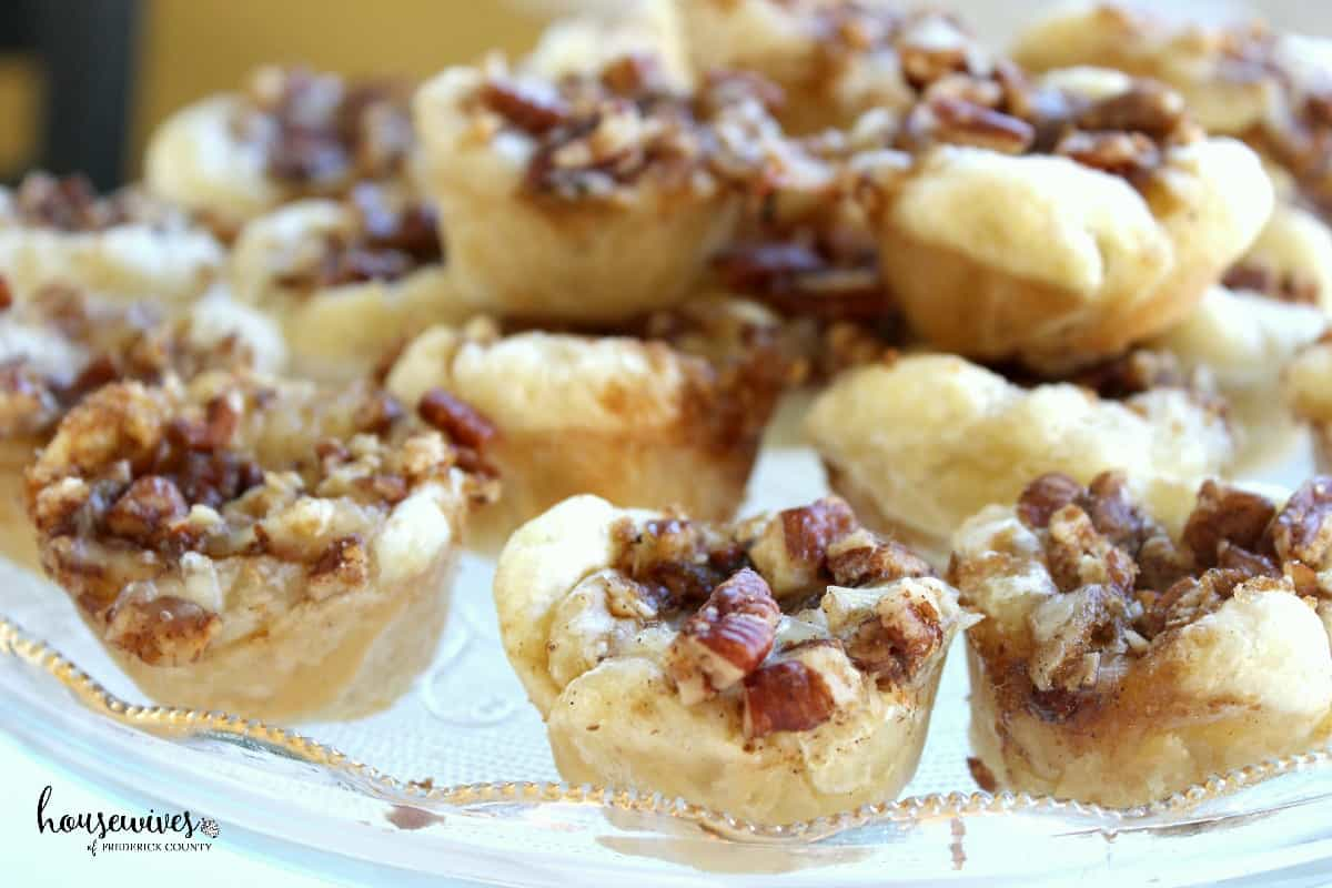 Brie in Puff Pastry with Pecans & Brown Sugar: The Perfect Appetizer