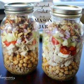 Meal Prep Recipe: Layered Mason Jar Salad