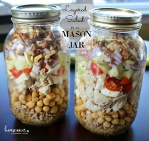 Meal Prep Recipe: Layered Mason Jar Salad