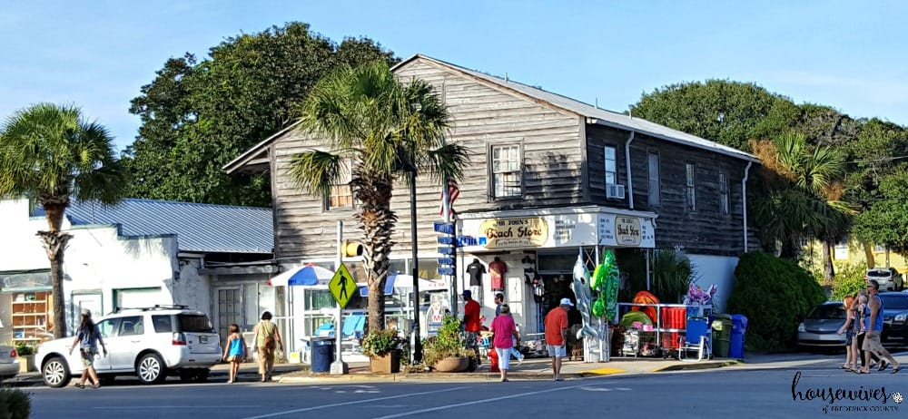 5 Reasons Folly Beach Should Be Your Next Summer Vacay