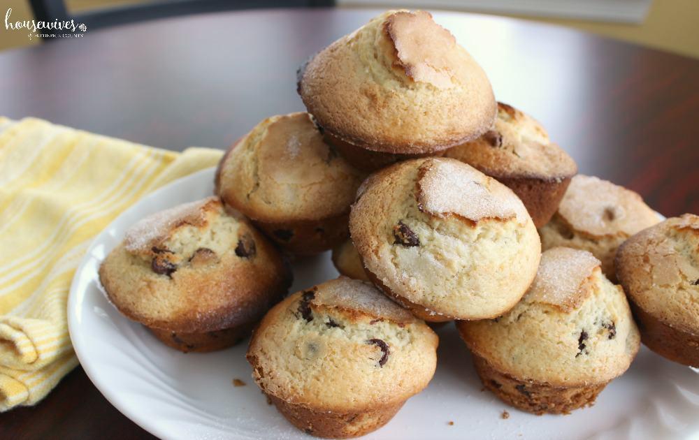 Easy Chocolate Chip Walnut Cookie Muffins