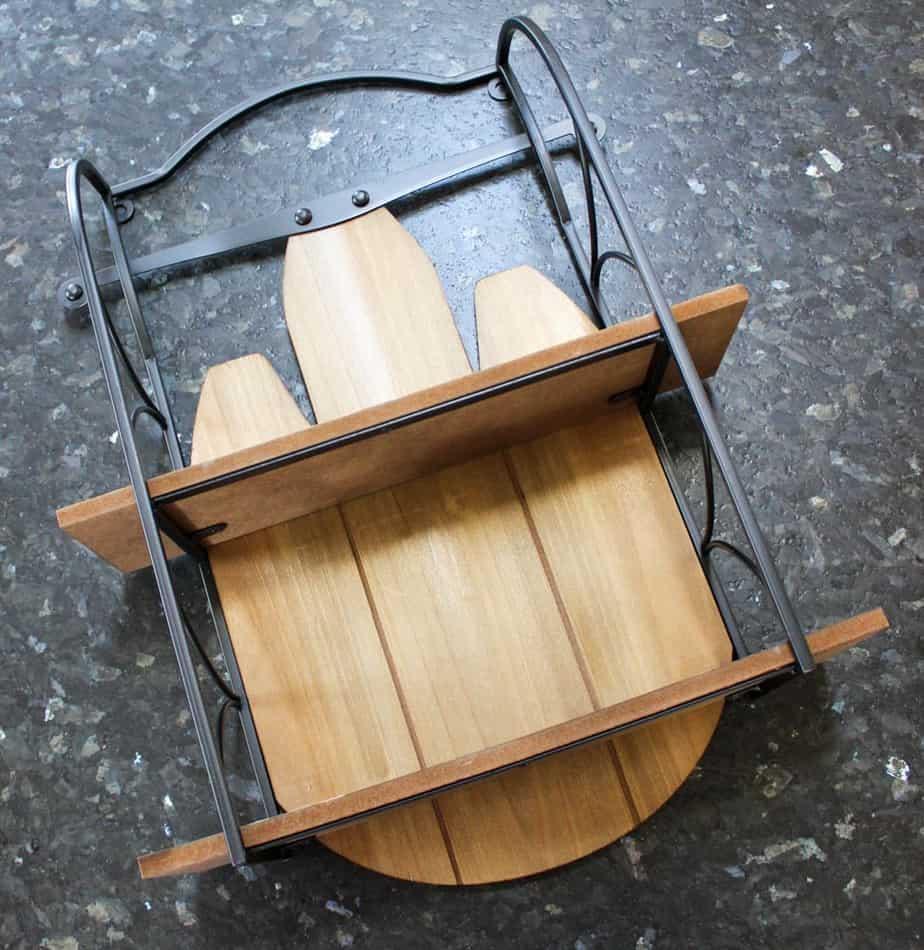 Wooden sled shelf