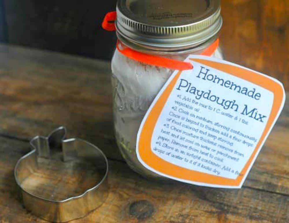 Easy DIY Mason Jar Gift Ideas for Christmas