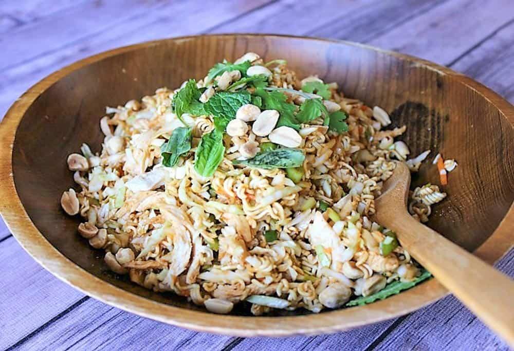 Healthy Ramen Noodle Salad with Chicken: 4 SmartPoints